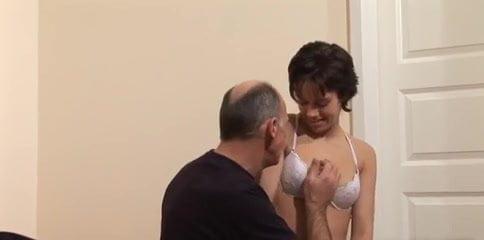 Dad fucks daughter(娘)