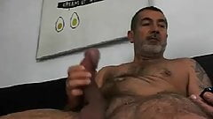 Daddy huge cock 080619