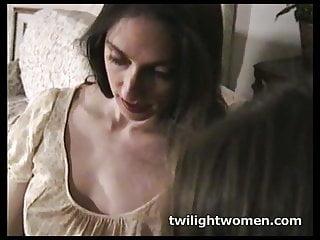 Lazy boobs Twilightwomen - lesbian tribbing lazy afternoon