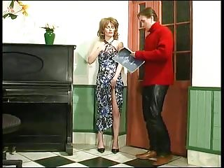 Adult piano lessons The lesson of piano