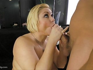 Chubby chasers bbw samantha Cougar bbw samantha 38g pays stud to fuck her