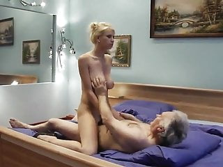 How to fuck dad This slut knows how to ride on grandpa