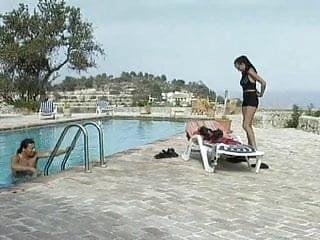 Oral sex fun Oral fun at the pool